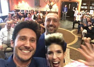 Just like Ellen's Oscar selfie!